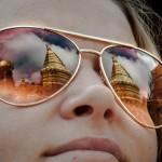 Chrámů plný brejle